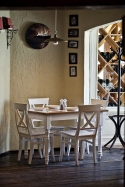 Reštaurácia Anyukám Mondta stôl