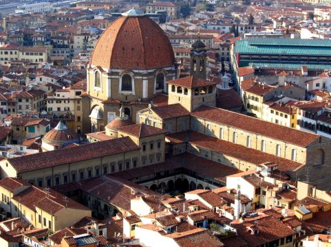 Basilica di San Lorenzo, Zdroj: commons.wikimedia.org
